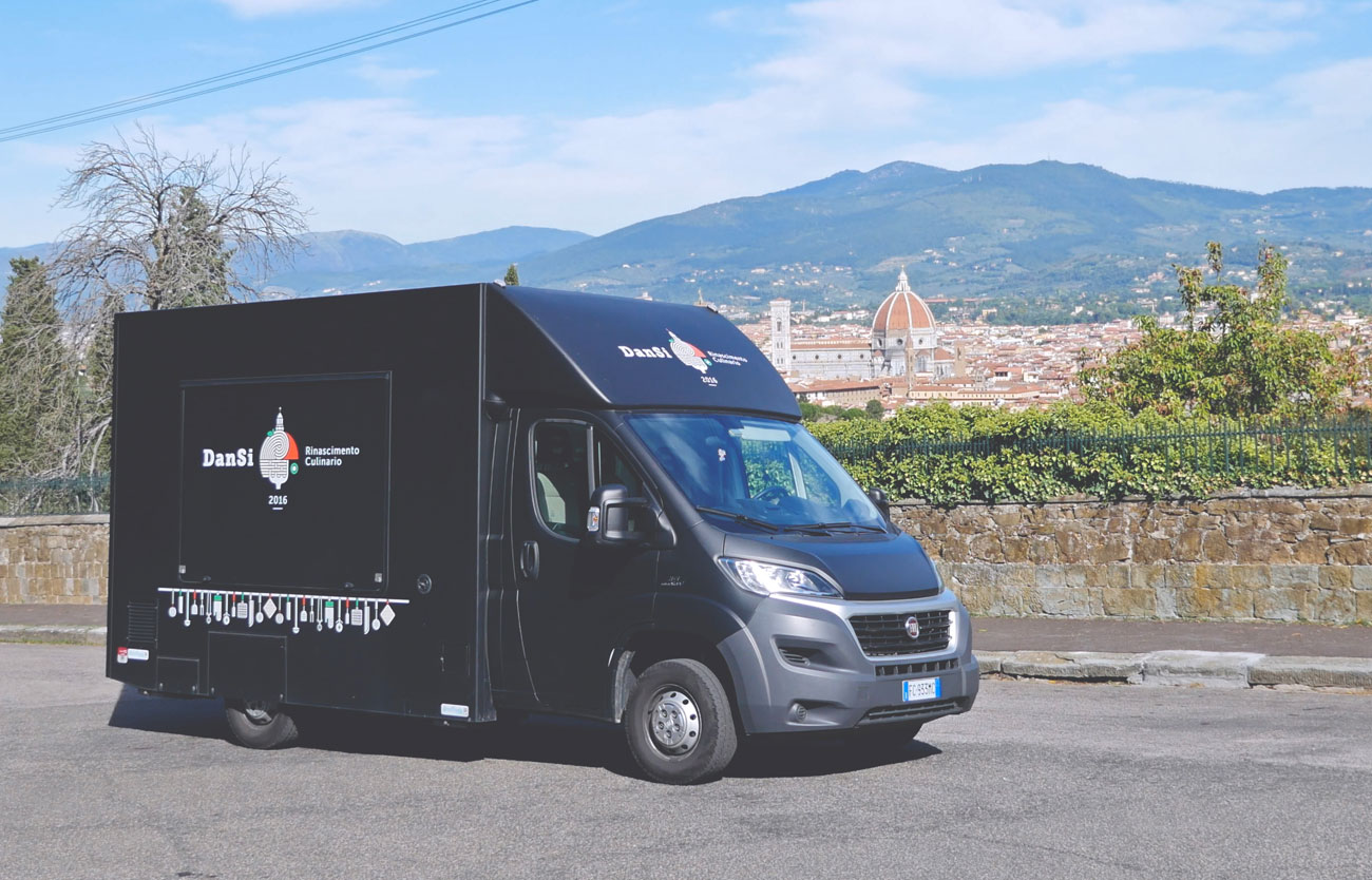 Idea innovativa di cucina: Truck Catering